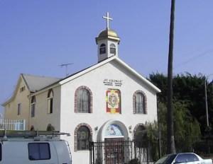 """Храм """"Св. вкмч. Георги Победоносец"""", Лос Анджелис, Калифорния (от 1960-88 независима църква с мълчаливото съгласие на Вселенската патриаршия; член от 1988-1999 и от 2002-2009. От 2009-13 към"""