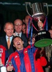 Стоичков е закупен от ФК Барселона за сумата от $4,5 млн. Стоичков веднага става любимец на публиката в Барселона и е един от основните играчи на т. нар. Дрийм Тийм, който печели 1та КЕШ на Барселона през 1992.