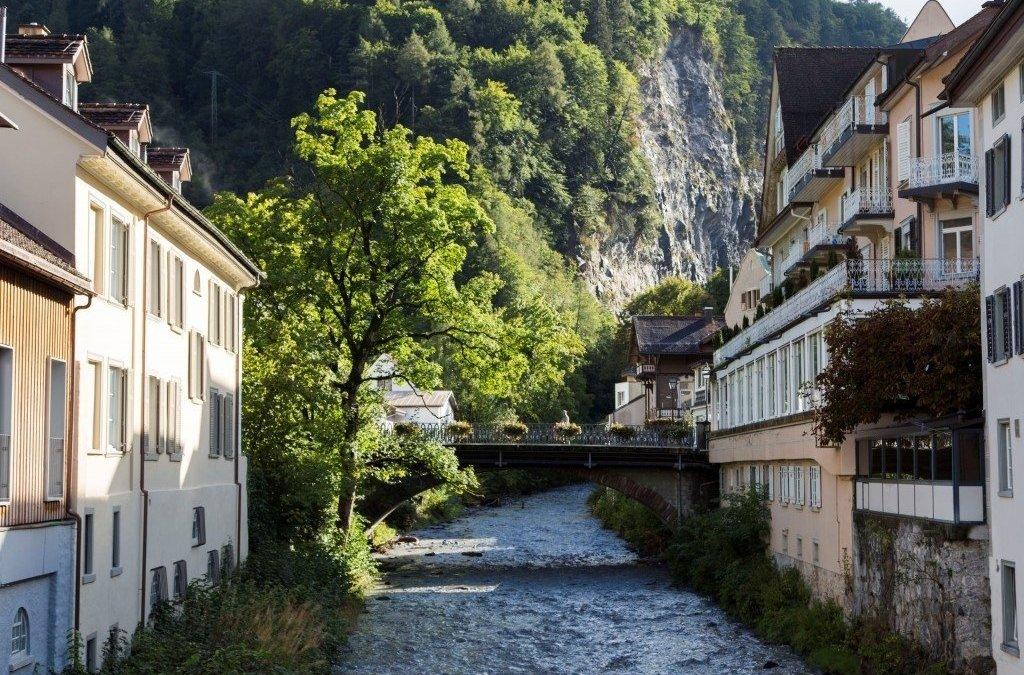 """""""Тамина"""" – лечебната сила на водата в Швейцария"""