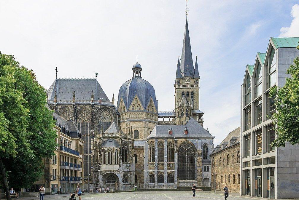 Катедралата в град Аахен – най-старата в Северна Европа