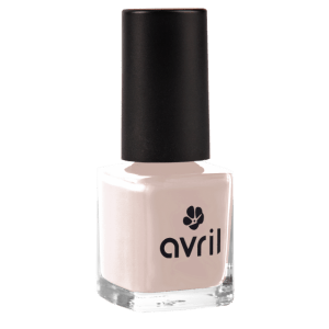 vernis-a-ongles-beige-rose