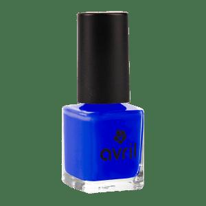 vernis-a-ongles-bleu-electrique