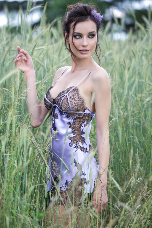 Les dlicates nuisettes de soie Marjolaine  Bulles de mode