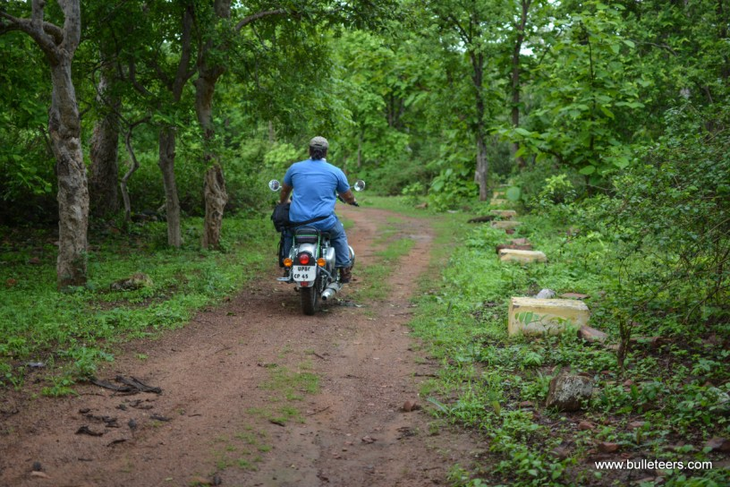Bulleteers ride to Deogarh, near Lalitpur, Uttar Pradesh to visit the Dasavtar temple, Deogarh fort, Jain temples and Betwa ghats