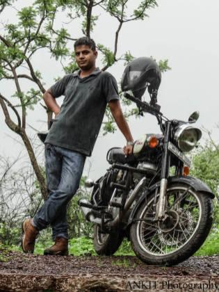 Bulleteers ride to kanher Jhiri, near Panihar, 20 km from Gwalior on Gwalior-Shivpuri road