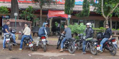 Bulleteers ride to kanher Jhiri, near Panihar, 20 km from Gwalior on Gwalior-Shivpuri road