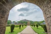 badal-mahal-gate-chanderi (1)