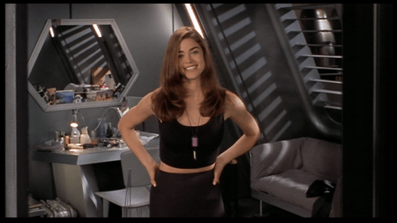 Denise Richards - Starship Troopers
