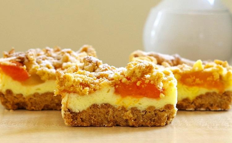 Kruche ciasto z morelami i budyniową pianką 2