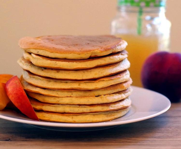 Pancakes bananowo-brzoskwiniowe 2