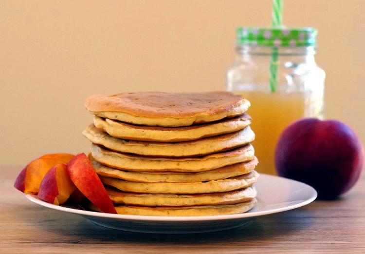 Pancakes bananowo-brzoskwiniowe