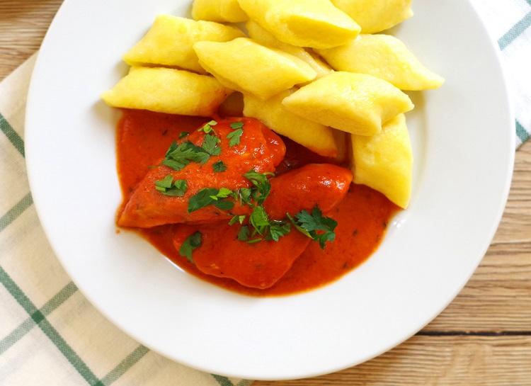 Kurczak w sosie pomidorowym 2