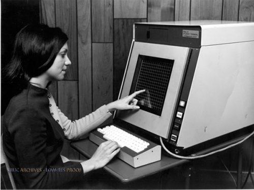 Il touchscreen appena nato, ma già disruptive prima ancora della nascita di Internet