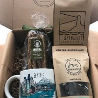 bumbleBdesign - Seattle Coffee Box - with Seattle mug