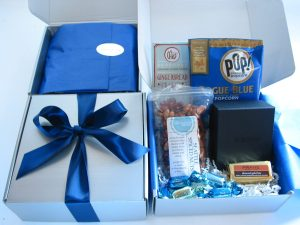 bumblebdesign-pnw-holiday-box-catalyst-marketing-alaska-airlines-2015-1