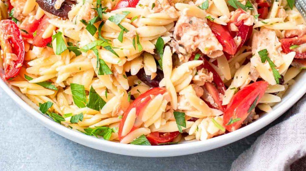 Mediterranean Salmon Orzo Salad