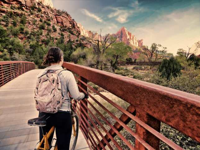 biking-in-zion-canyon