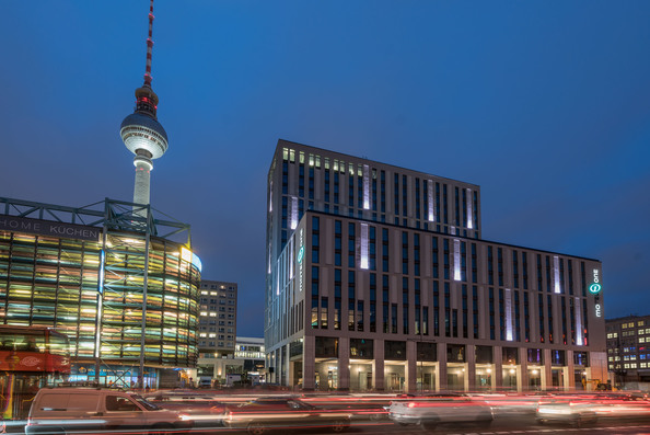 motel one berlin alexanderplatz
