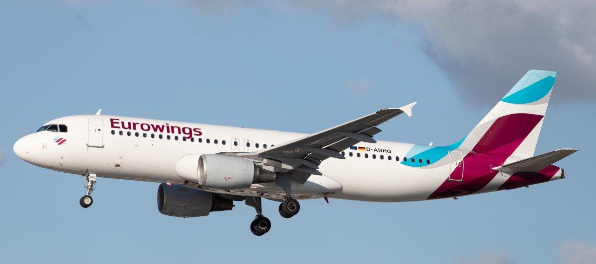 eurowings ew airbus flugzeug airplane plane landeanflug