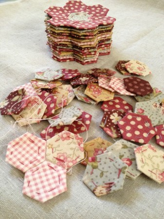 english paper piecing hexagon flowers