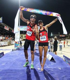 Die Sportsoldaten Alexander Nobis und Ronja Steinborn sicherten sich die erste Medaille in der Mixed-Staffel und dann gleich Gold.