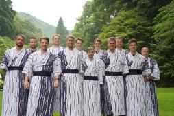 Der Deutschland-Achter konnte in Kinosaki bei einem Termin in die japanische Kultur eintauchen.