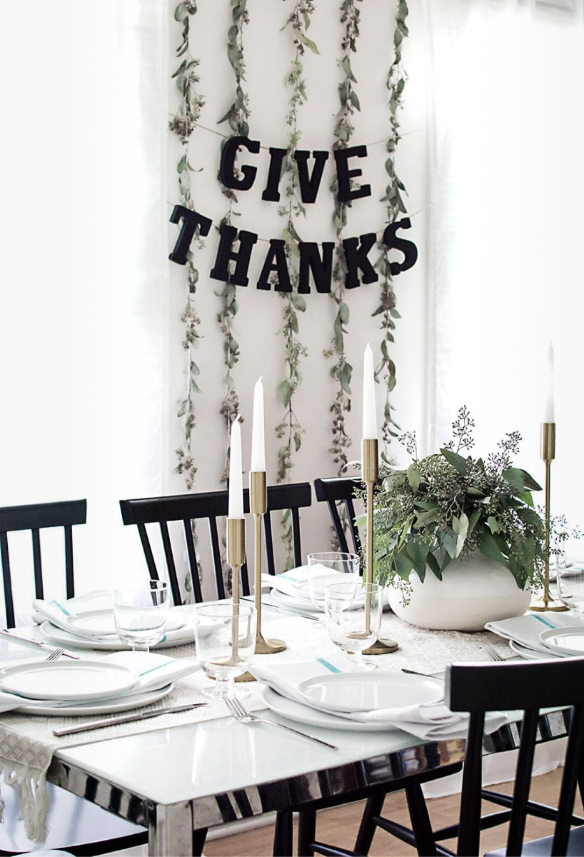 Friday Fun: Thanksgiving Table