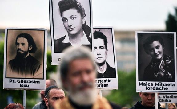 1 Ziua Comemorării Victimelor Fascismului și Comunismului