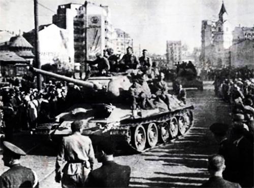 1944b Intrarea Trupelor Sovietice în București