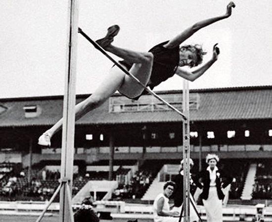 1960 Iolanda Balaș