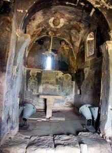 1409 Absida altarului