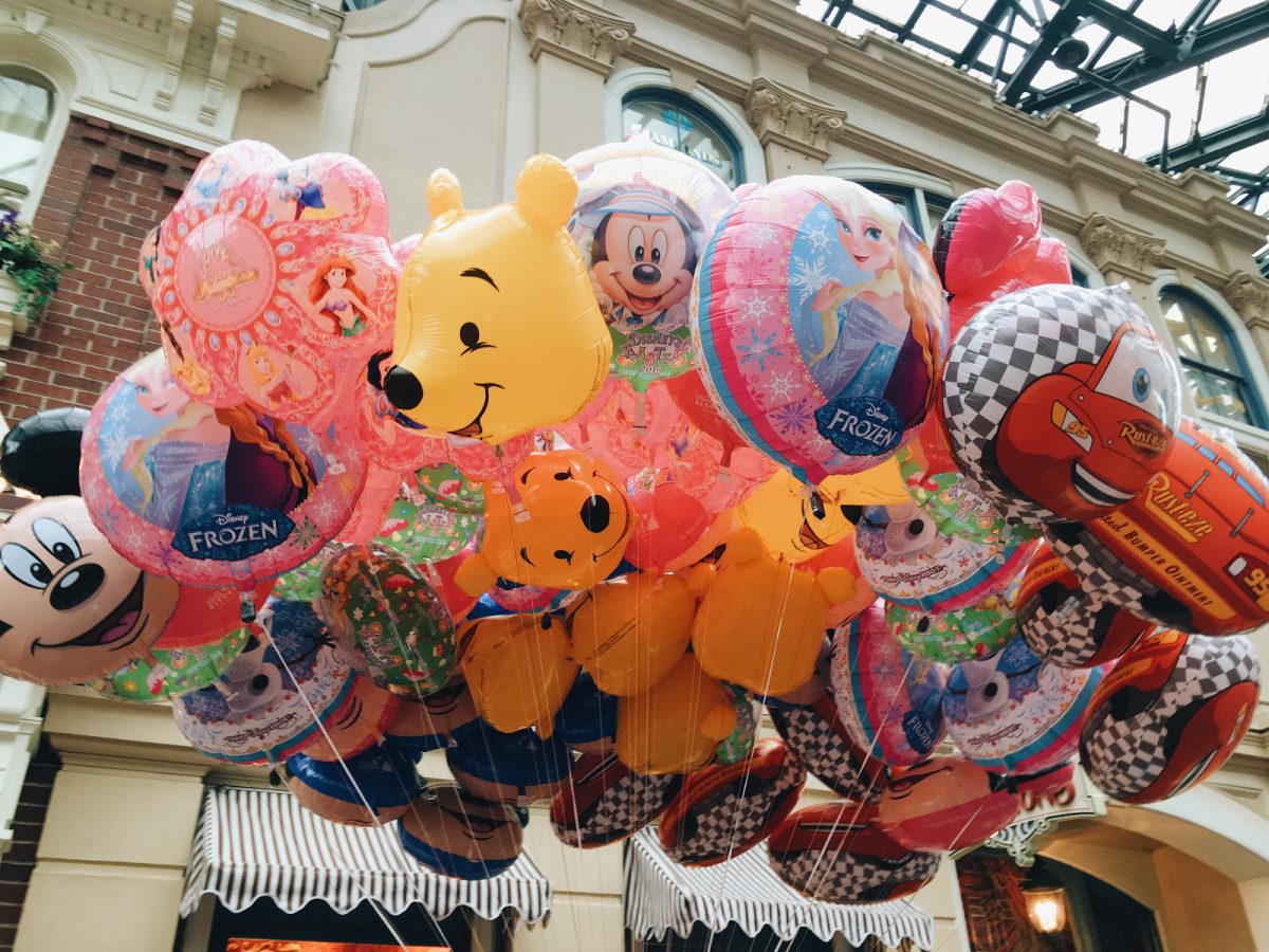 Many of such adorable goods can be found all over the Tokyo Disneyland/sea. Why not get one for yourself too?
