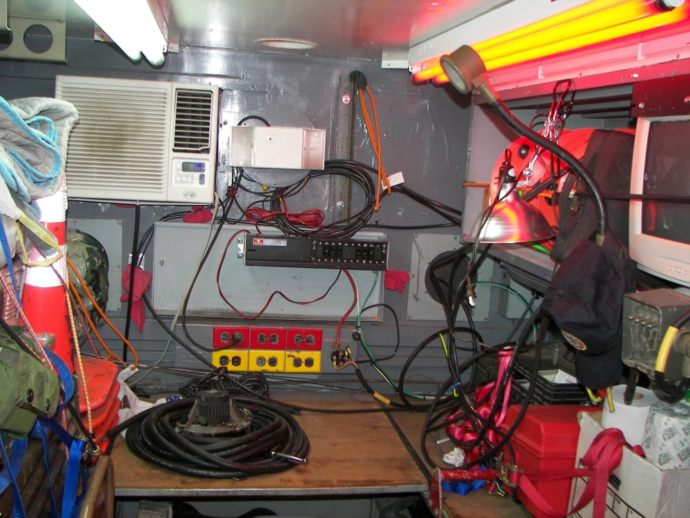 medium resolution of installing aux 24v and 12v power and an an vic 4 intercom in an m35 truck