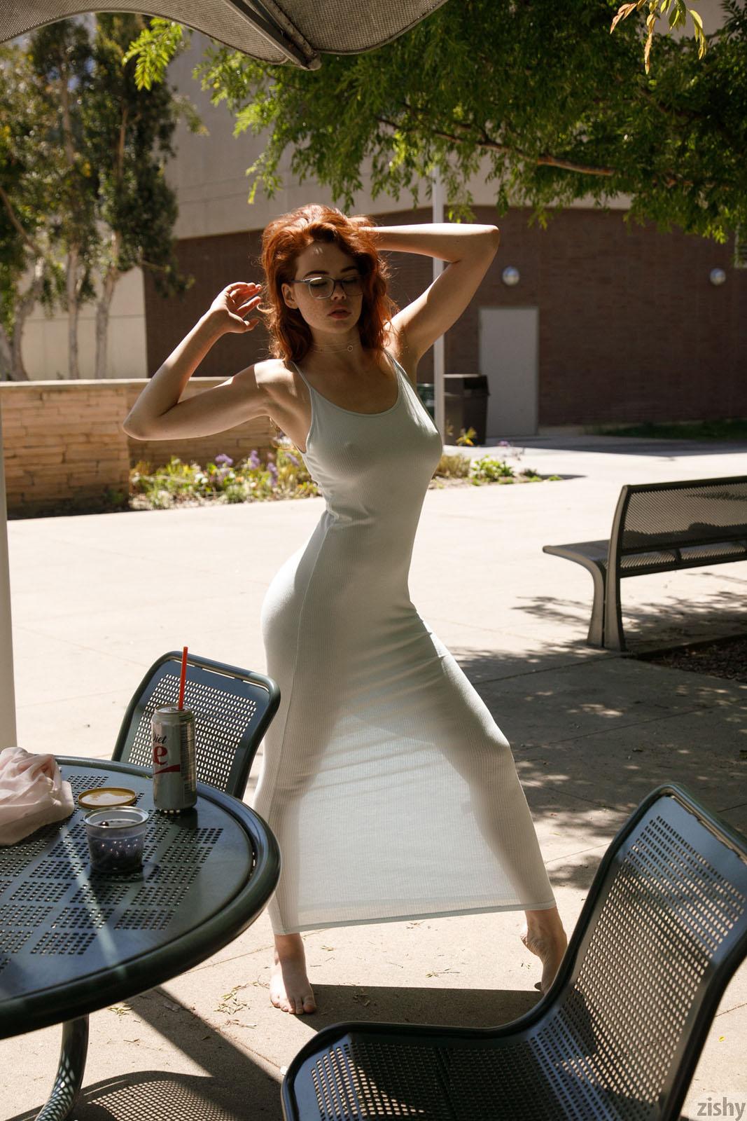 Sabrina Lynn Pleasure Zishy nude pics  Bunnylustcom
