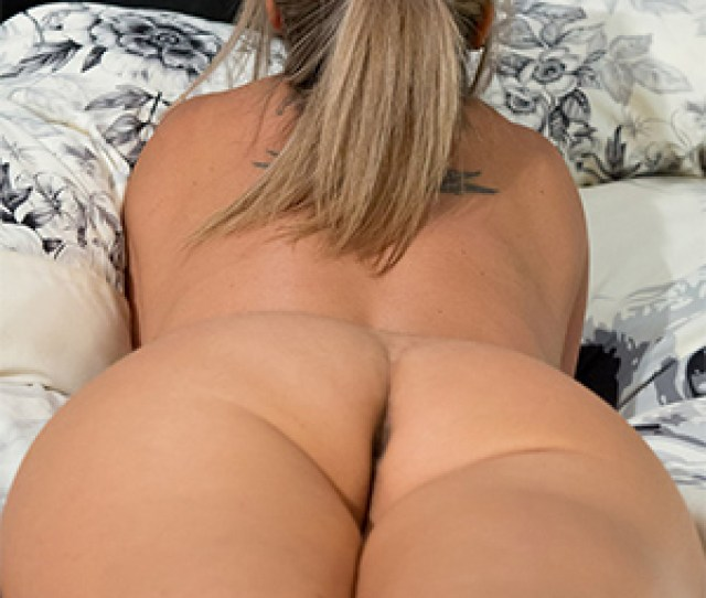 Nikki Sims Naked In Bed