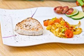 Thunfischsteaks mit Fenchel/Lauch Gemüse