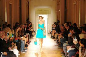 5b4c42645ce1 Un magico tour di eleganza la sfilata Reggiani a Milano Moda Donna ...