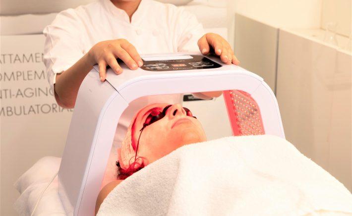 Protocollo Cabina SkinCeuticals: nuovo step di fotobiostimolazione con maschera LED