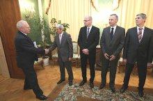 Gasparovic con la Coalizione (foto_prezident-sk)