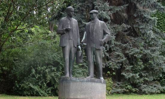 Karel e Josef-Capek(dx)_(David Short CC-BY)