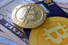 bitcoin_(zcopley_7459091840@flickr_CC-BY-SA)