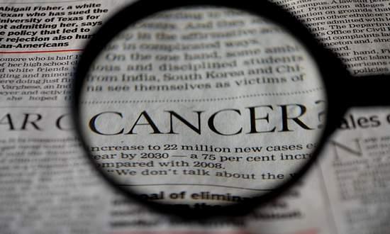 Ministero: nel 2019 via a programma di screening per tre tipi di tumori