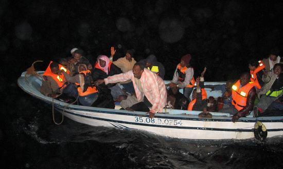 immigr_mediter_(UNHCR 10423548355 CC-BY-NC)