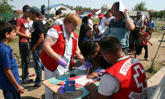 immigranti.Serbia_(RedCross_IFRC_BY-NC-ND)