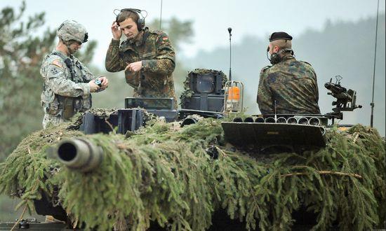 Incidente alle manovre Slovak Shield: M1 americano fa due feriti gravi