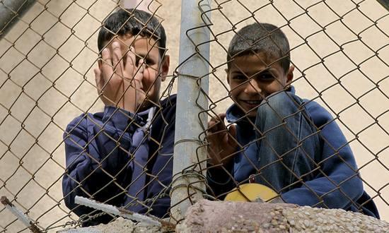 profughi-rifugiati_(michaelwrose_6502417261@flickr)