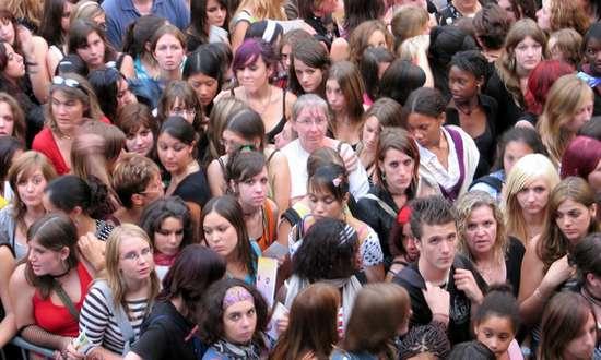 studenti_teenagers_(feuilllu 302001867 CC-BY-NC) giova
