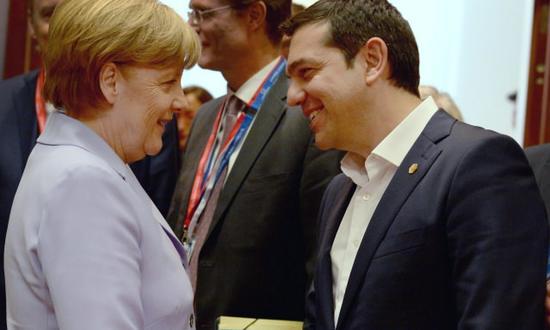 tsipras-merkel_(eu council NC-SA) grecia