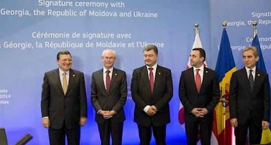 ue-accordi-associaz_2014_(foto_European Consilium)