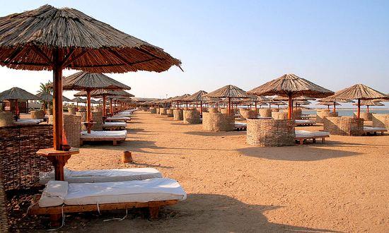 vacanze-turismo-mare_(sonofgroucho_1151355298@flickr_CC-BY)